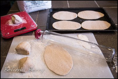 Making Wholewheat Pitta