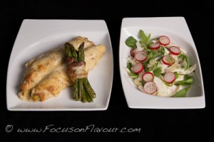 Stuffed Pancakes au Gratin with a fagot of asparagus